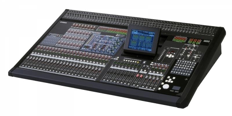 Digitální mixážní pult PM5D